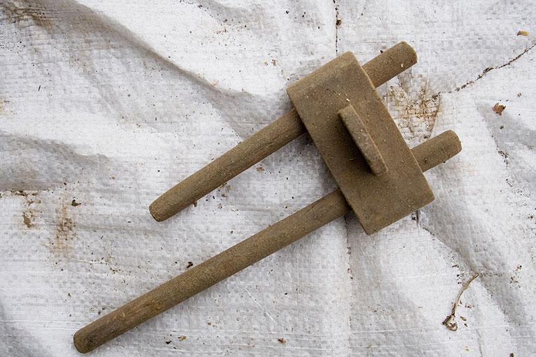 Wood vintage weaving tools