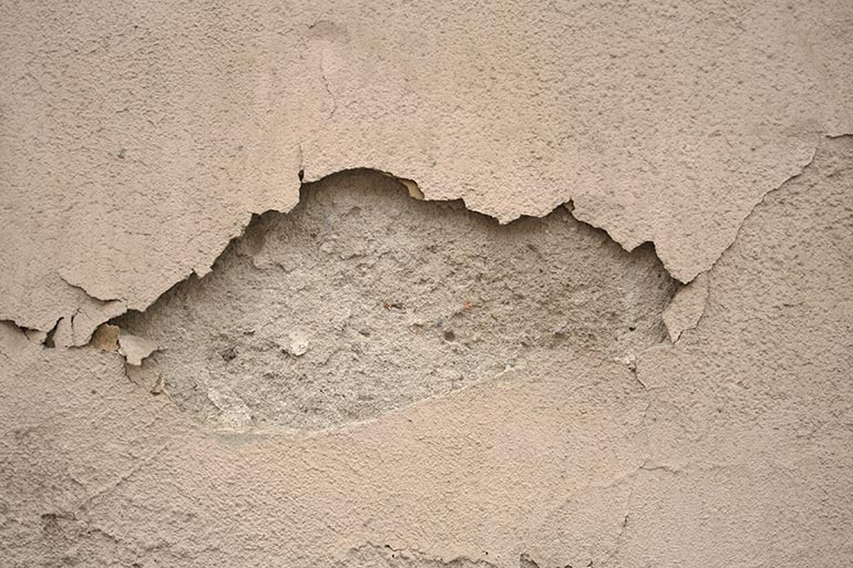 Cracked wall concrete texture – free download