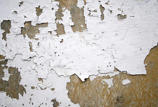 Cracked white wall texture